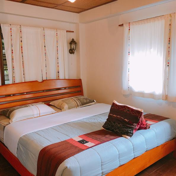 Mountain View Guesthouseの小綺麗でちょっぴりおしゃれな客室