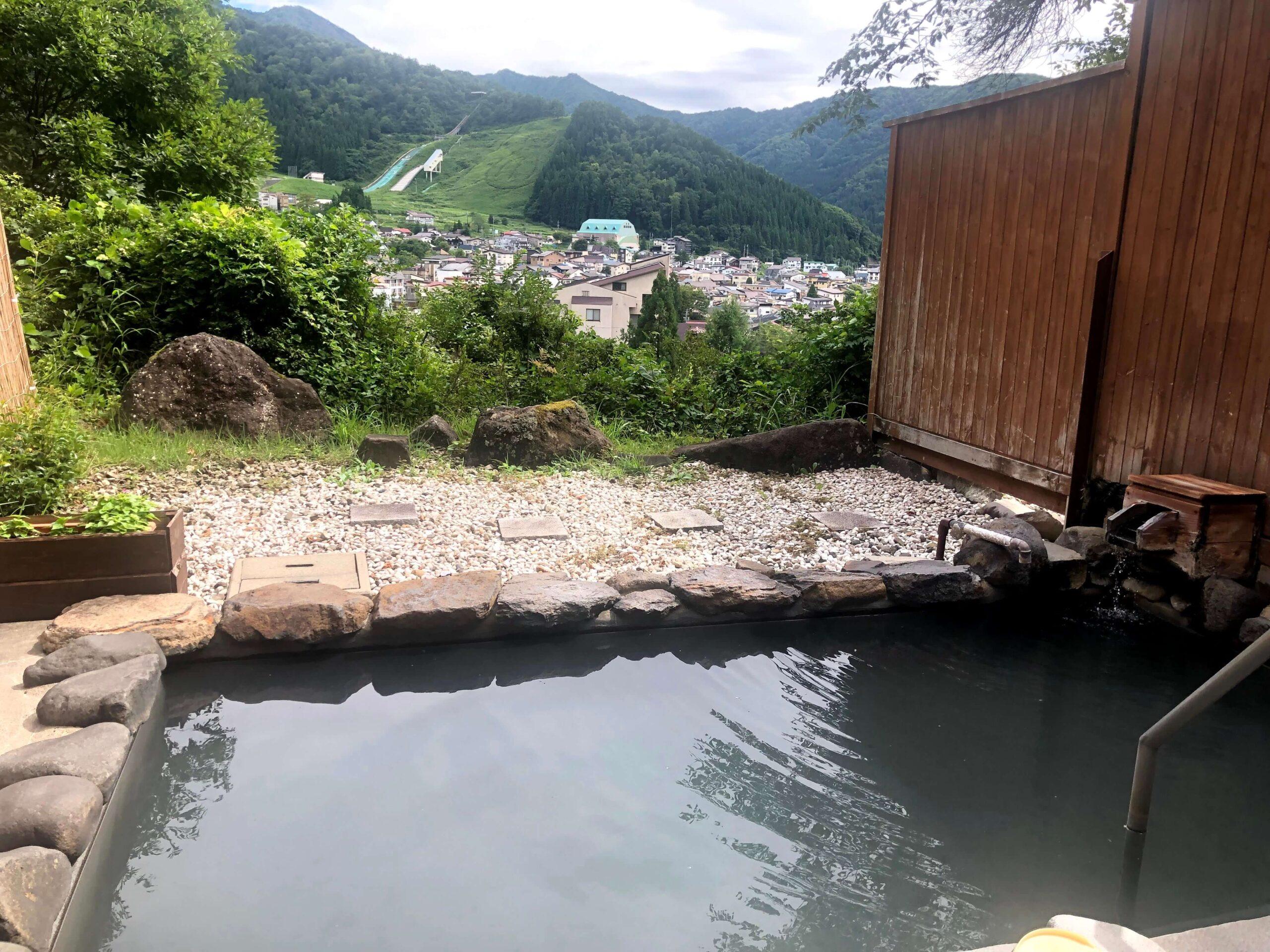 野沢グランドホテルの露天風呂